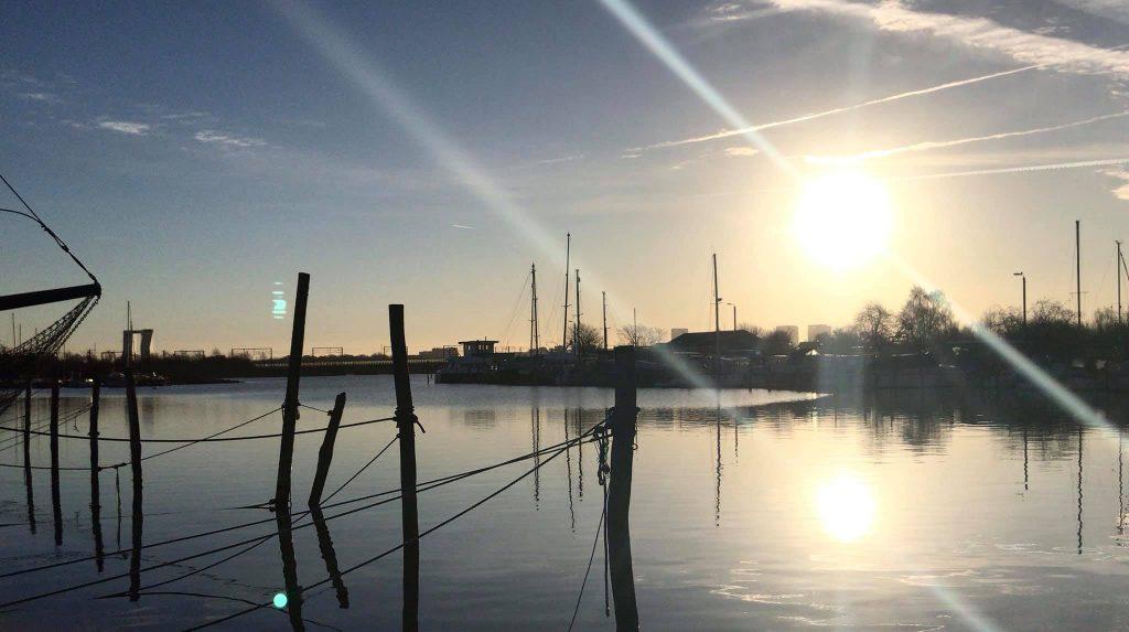 Sol over Fiskerhavnen. Foto: Pernille Kapper Williams