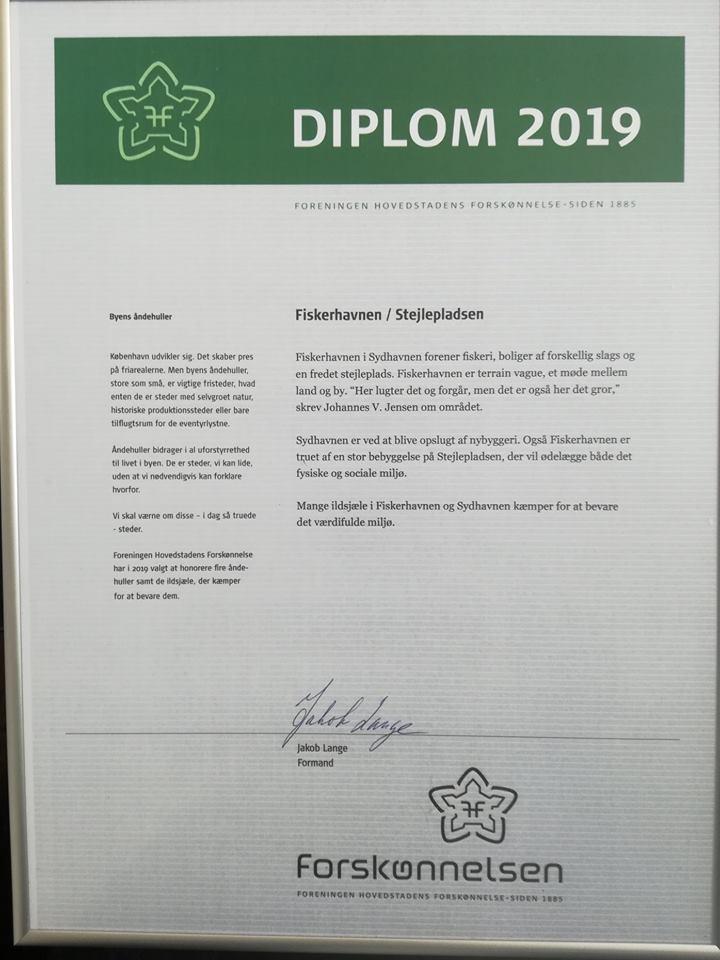 Diplom fra Foreningen Hovedstadens Forskønnelse til Fiskerhavnen med Stejlepladsen.
